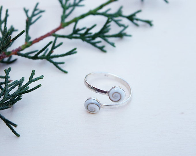 Sterling Silver Ring with 2 Shiva Eye Shells