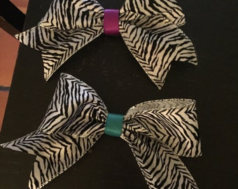 Big zebra bows
