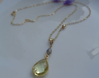 Gold chain, 585 gold filled with trailers of Labradorite and lemon quartz