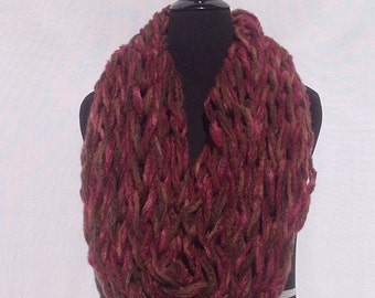 Infinity Scarf in Red and Brown