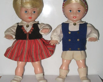 Vintage Latvian dolls in national clothes of 2 pieces. Latvia. USSR