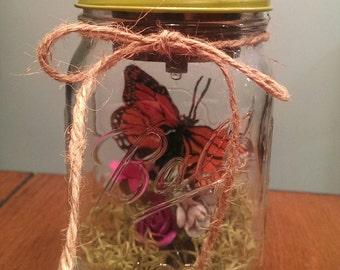 Butterfly Solar Mason Jar Lantern