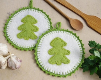 Pot holders - hot pads - felted hot pads - wool hot pads - wool potholders - set of two - set of 2 - felt gift - kitchen decor - hearts