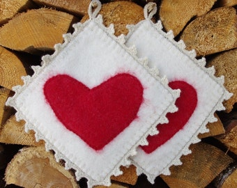 Pot holders - hot pads - felted hot pads - wool hot pads - wool potholders - set of two - set of 2 - felt gift - kitchen decor - hearts -red
