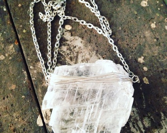 Gypsum quartz necklace