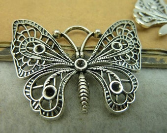 10 Large Butterfly Charms Antique Silver Tone - DYS4157