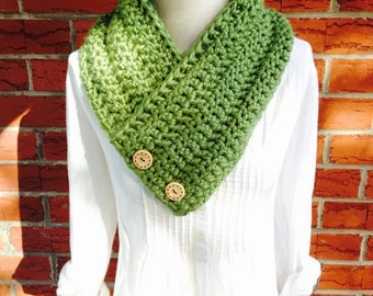 Triangle Chunky Two Button Scarf