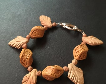 "Wooden Bead Bracelet 8"""