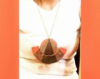 Minimal-boho style leather necklace.