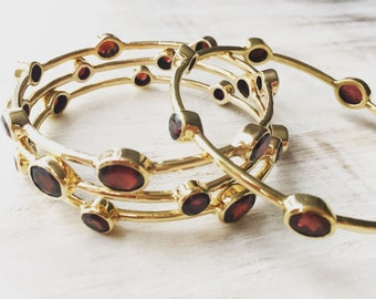 Garnet Gemstone Bangle, Brass Bangle, Semi Precious Stones, Boho Bracelet, Chakra Jewellery, Gold Bracelete.