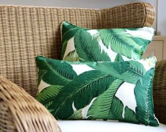 Tommy Bahamas Swaying Palms indoor/outdoor - 35 x 55cm cushion cover. Banana palm, palm cushion, outdoor cushion, tropical palm leaf cushion