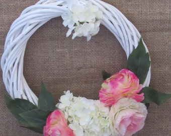 Pretty summer bloom wreath