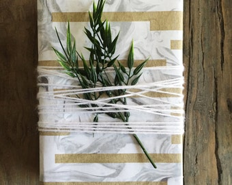 Christmas Wrapping Paper, Gift Wrap Kit, Gift Wrapping Paper, Holiday Gifts, Kraft Tags, Christmas Tags, Paper Goods, Paper Gifts