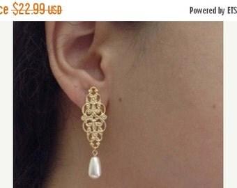 SPRING SALE Gold Filigree Earrings, Gold and Pearl Earrings, Bridal Earrings, Wedding Jewelry, Bridesmaids Gift