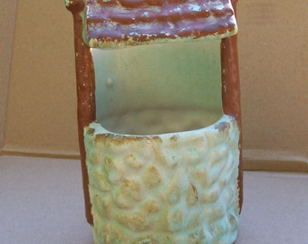 Vintage Niloak Pottery Green & Brown Wishing Well Planter USA American Pottery