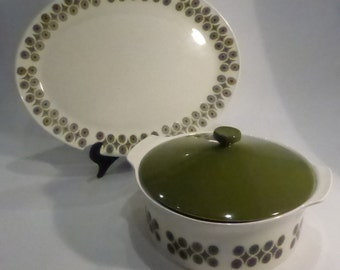 "Vintage Johnson Bros Platter & Casserole dish in ""Snow White"" with green pattern - Ironstone"