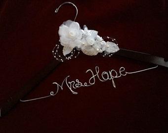 Personalized wedding hanger rose flower, Bride hanger, wedding dress hanger