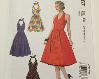 McCall's Retro Inspired Halter top Dress Sewing Pattern M7157 - E5 sizes 14, 16, 18, 20 & 22 - NEW, UNCUT