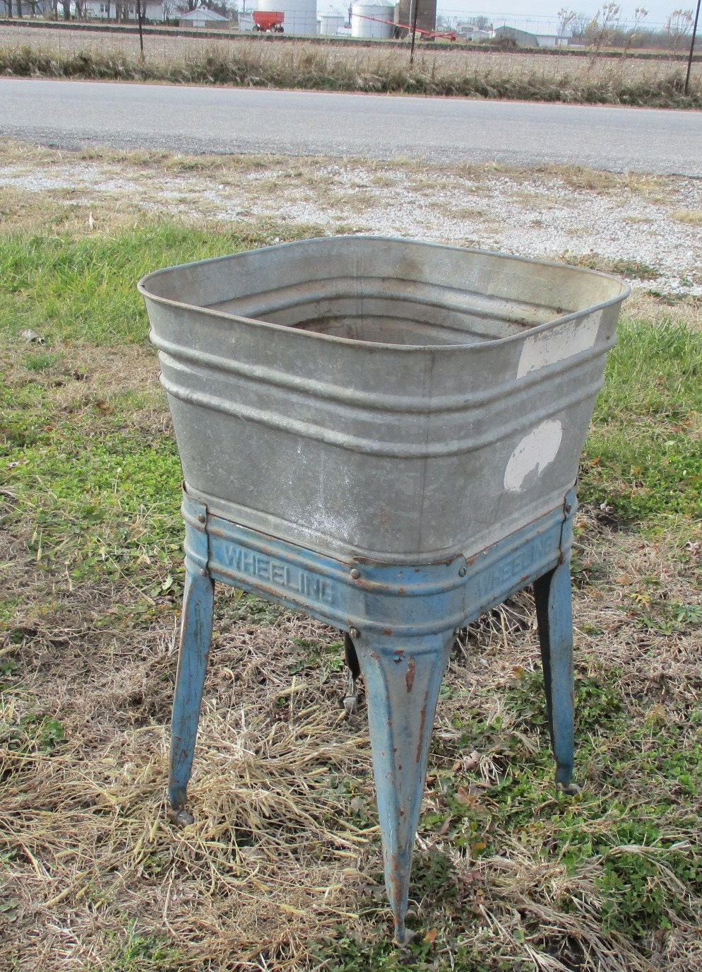 Wheeling Galvanized Single Wash Tub Beer Cooler Flower Pot