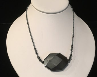 Hemalyke Stone Necklace