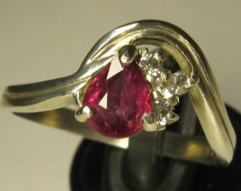 Natural unheated untreated ruby & sterling silver 925 ring size 8.5
