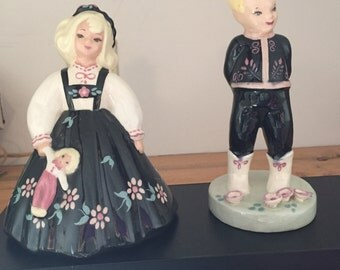 S- Quire Ceramics California Vintage Dutch Girl and Boy by Zaida