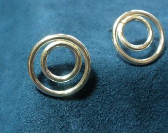 Sterling Silver Simple Circle-in-Circle Stud Earrings