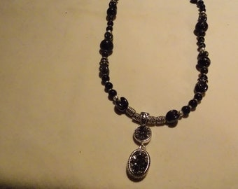 Beaded necklace,hand made,Silver Druzy