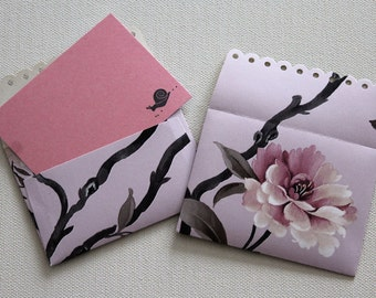 8 Mini envelopes and blank cards with signature snail...   These pink cards are perfect for invitations, birthdays and accompanying gifts.