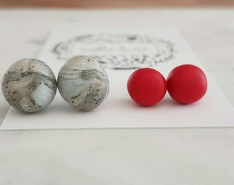 2 FOR 20. Two pairs of clay stud earrings for 20 dollars