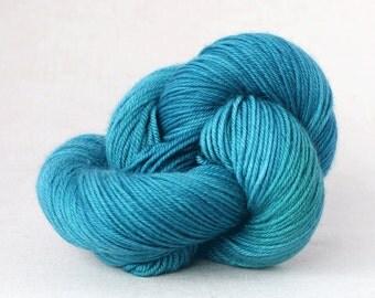 Hand Dyed Yarn - Merino Cashmere - DK Superwash - Really Teal.