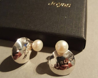 Silver earrings and beads to customize