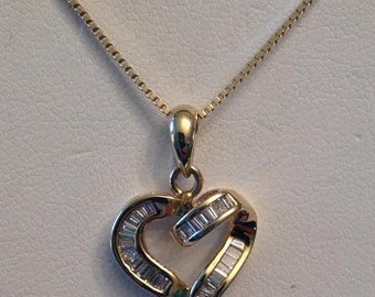 Vintage 14k yellow gold 25 Baguette Diamond Open Heart Ribbon Pendant .50 tw J-SI1,2-I1