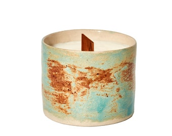 Soy Candle with wooden wick - Ceramic Pot Candle design by JV Cobos - Roraima Collection - Made in London