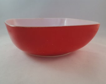 SALE - Red Square Pyrex Hostess Serving Bowl - 525-B-025