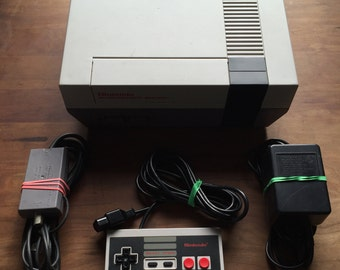 """NES Nintendo Entertainment System - Refurbished With New """"Blinking Light Win"""" 72 Pin Connector"""