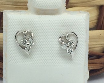 14K White Gold 3 Stones Heart Diamond Stud Earrings