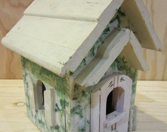 Rustic Shabby Chic Wooden Birdhouse