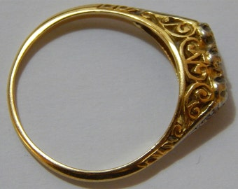 Antique 18K Pierced Filigee Gold with 3 Brilliant Cut Diamonds Engagement Ring.