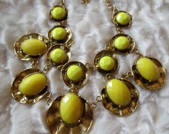 Statement necklace of lemon yellow