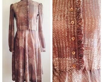 Vintage Butte 1970's Fabulous Dress . Size:10-12
