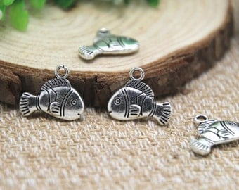 20pcs- cute fish charms , Antique Tibetan silver cute fish charms pendants 17x14mm D1515