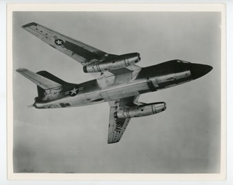 Douglas B-66 Destroyer in flight - original vintage USAF photo - military aviation collectable- aircraft photo