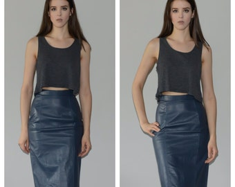 1980s High waisted, leather pencil skirt. Size extra small-small. *FREE Shipping*