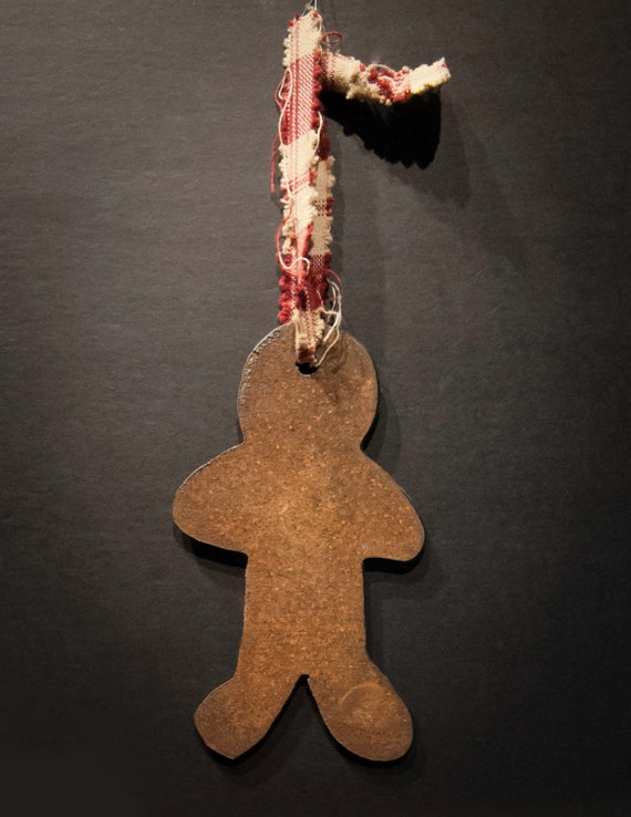 Pair of Rusted Tin Gingerbread Men Christmas Ornaments