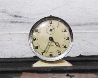 French Bayard Alarm Clock in Cream – Functional