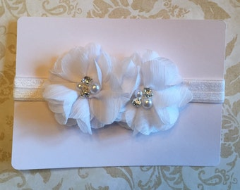 White 2-flower headband