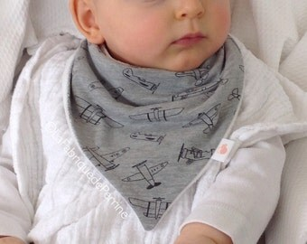 Bib bandana - mottled grey fabric plane