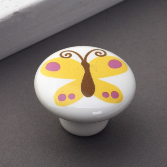 Round animal knobs children 39 s door knobs butterfly fish for Children s bureau knobs