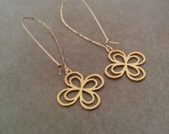 Flower Earrings, Long Earrings, Gold Earrings, Gold Floral Earrings, Wedding Jewelry, Bridal Jewellery, Dangle and Drop Earrings